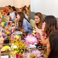 Wer sonst noch feiert: Lena Meyer-Landrut und Lili Radu beim Lunch in Berlin