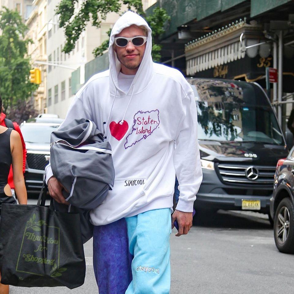 Pete Davidson in den Straßen von New York.