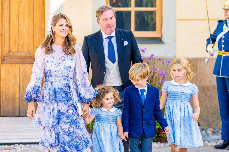 Prinzessin Madeleine, 39, Ehemann Chris O'Neill, 47, und die Kinder Adrienne, Nicolas und Leonore (v.l.n.r.)