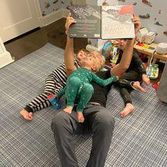 Familie Baldwin: Papa Alec liest eine Geschichte vor dem Schlafengehen vor