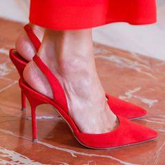 Königin Letizia trägt rote High Heels