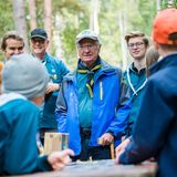 RTK: König Carl Gustaf im Pfadfinderlager