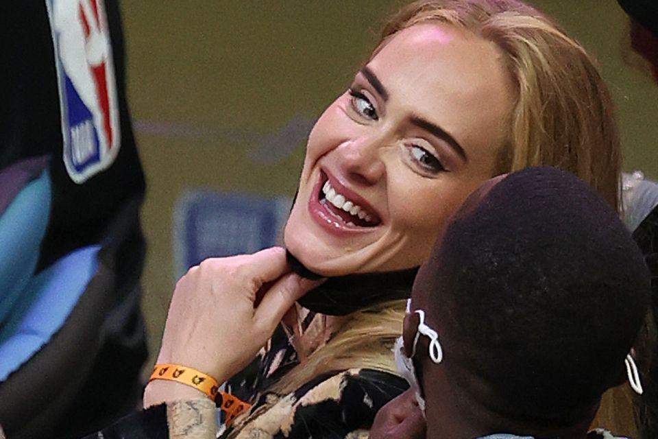 Adele: Ihre Traumrobe erinnert an die alten Hollywood-Diven