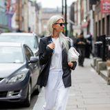 Auch Vogue-Redakteurin Sarah Harris ist auf dem Weg zum The Soho Hotel.