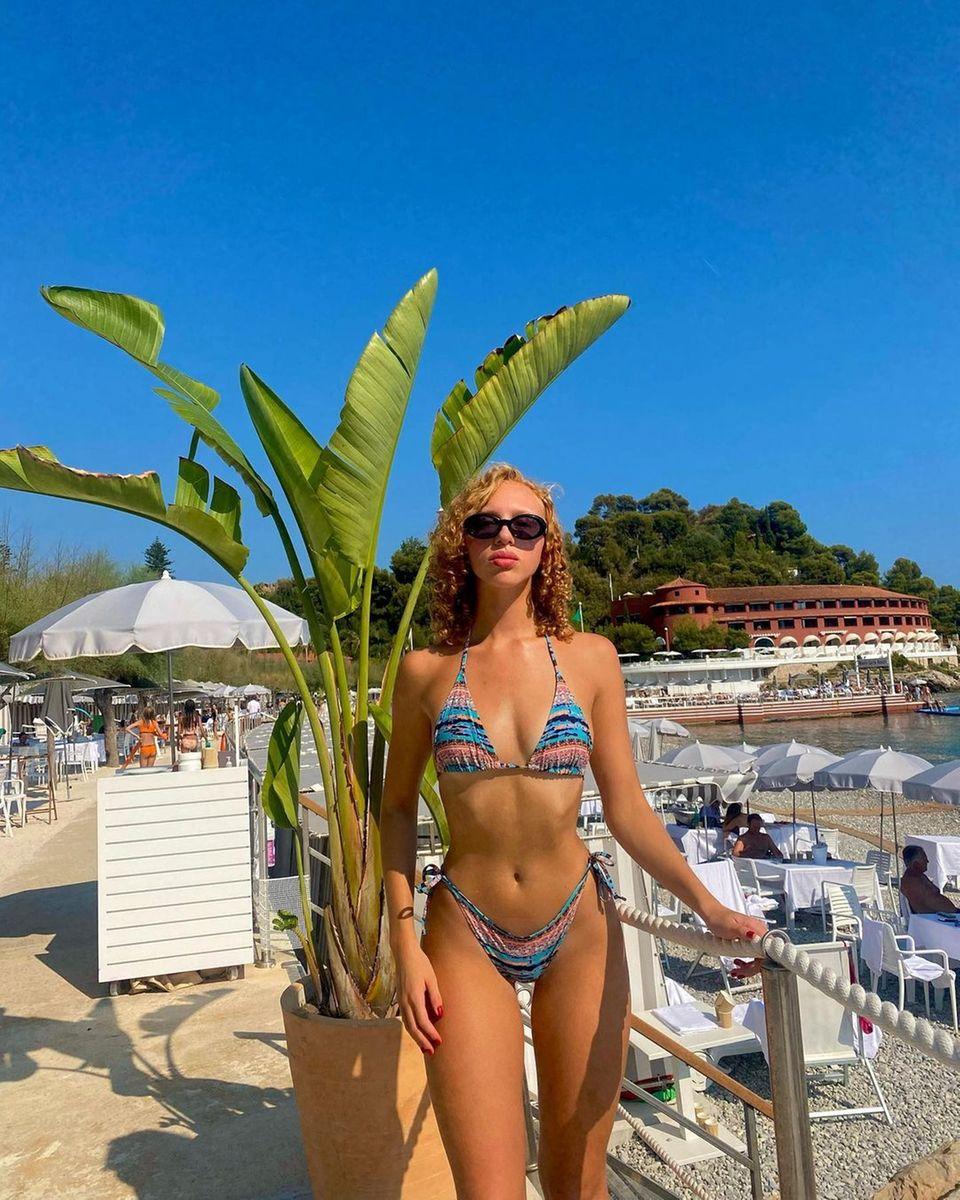 Anna Ermakova zeigt sich im Bikini