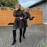 Zwillingsstars: Ruth Moschner und Tahnee, die sich als Ruth verkleidet hat