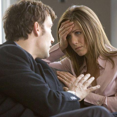 Die Affäre von Charles (Clive Owen) und Lucinda (Jennifer Aniston) wird verhängnisvoller, als sie sich je hätten denken