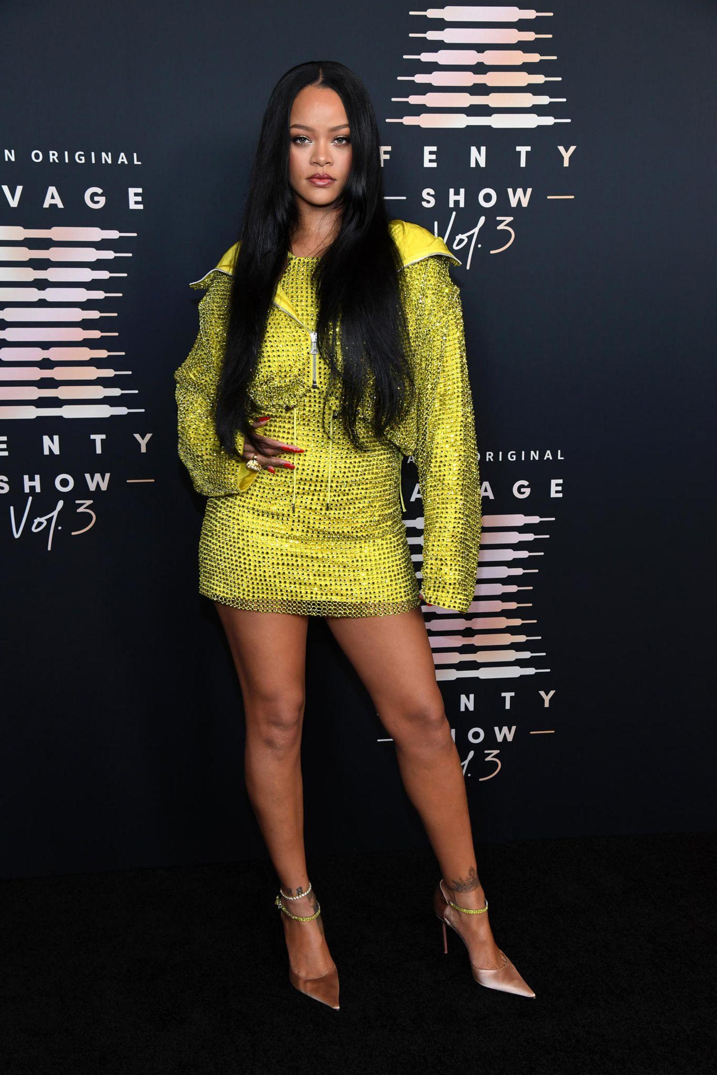 Schon zum dritten Mal beweist Superstar Rihanna, dass sie nicht nur mit Musik und Make-up Erfolge verbuchenkann, sondern auch mit ihrer eigenen Lingerie-Linie Savage X Fenty. Die heiße Show wird präsentiert von Amazon Prime Video und in Los Angeles aufgezeichnet.