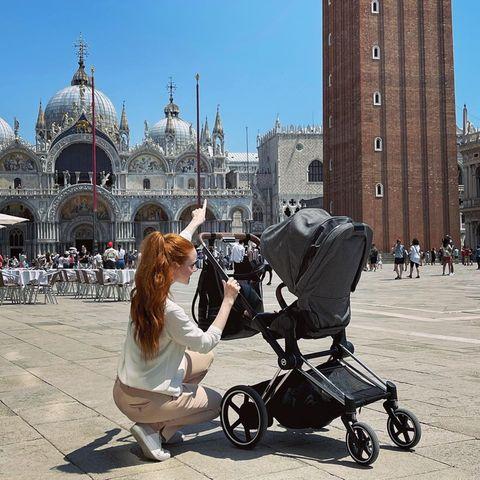Barbara Meier unterwegs mit ihrer Tochter