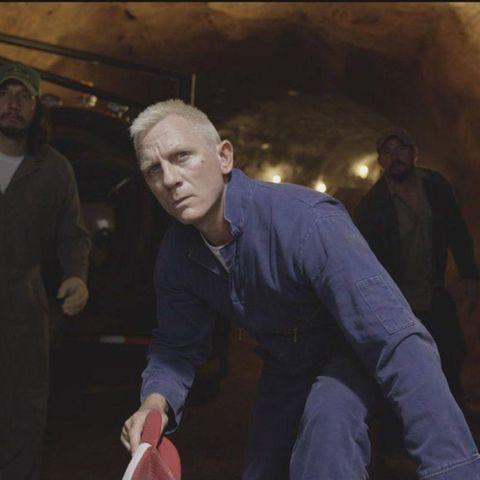 Joe Bang (Daniel Craig) versteht sein Handwerk als Panzerknacker