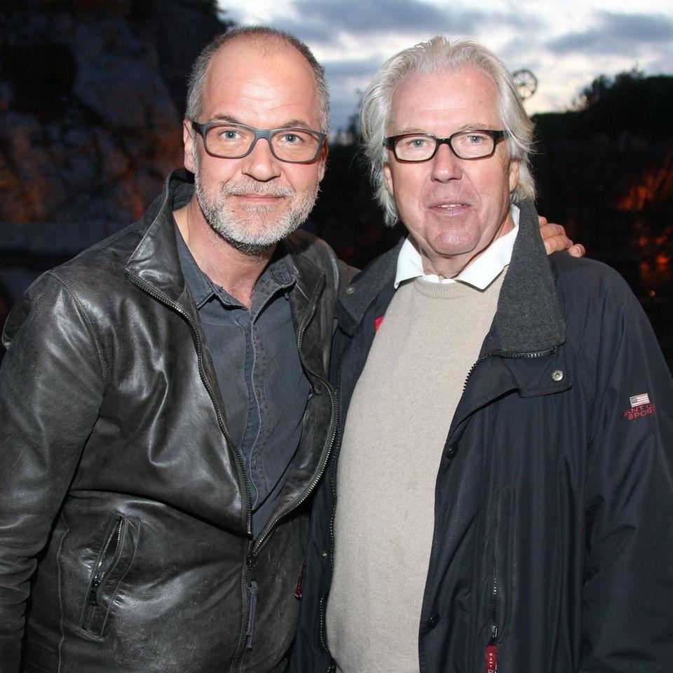 Marek Erhardt mit Vater Gero Erhardt bei den Karl-May-Festspielen 2015 in Bad Segeberg.