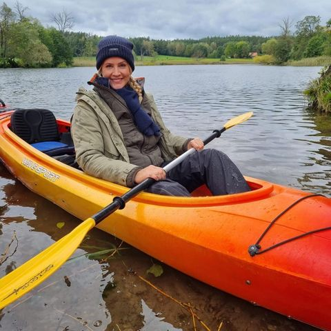 Stars bem Sport: Judith Rakers im Kanu