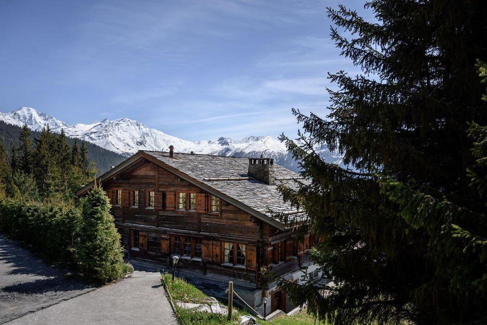 Das Chalet Helora im Schweizer Skiort Verbier befindet sich seit dem Jahr 2014 im Besitz von Prinz Andrew und seiner Ex-Frau Sarah Ferguson.