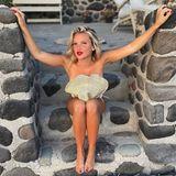 Urlaubsgrüße: Evelyn Burdecki schickt nackte Grüße aus dem Urlaub