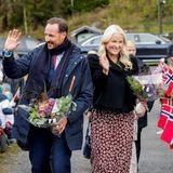 Royaler Terminkalender: Prinz Haakon + Prinzessin Mette-Marit winken ihren Fans zu