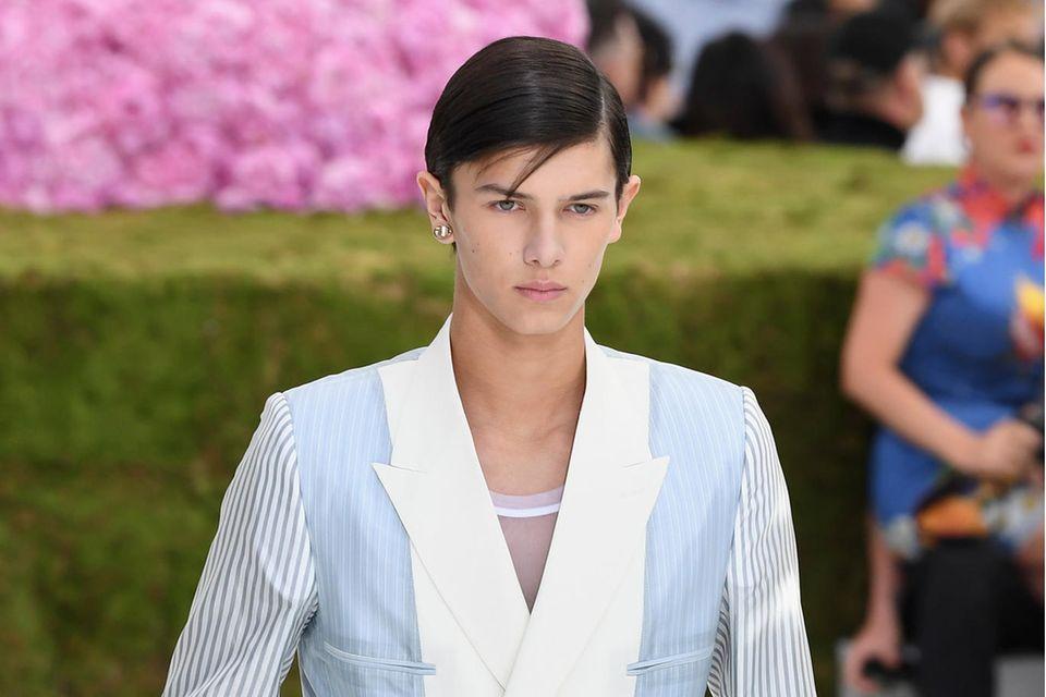 Prinz Nikolai lief für Dior auf der Pariser Fashionweek 2018.