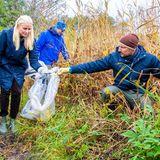 Royaler Terminkalender: Prinzessin Mette-Marit und Prinz Haakon sammeln Müll ein