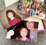 4. Oktober 2021  Chrissy Teigen hat in alten Fotokisten gewühlt und zeigt mit diesen süßen Kinderbildern nicht nur ihren witzigen Vokuhila von damals, sondern beweist auch, dass sie mit Tochter Luna und Sohn Miles wirklich die perfekten Kopien ihrer selbst geschaffen hat.