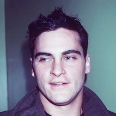 """Joaquin Phoenix hatte schon immer eine lässige Coolness an sich, wie hier im September 1998 bei der Premiere von """"Rounders"""" in New York."""