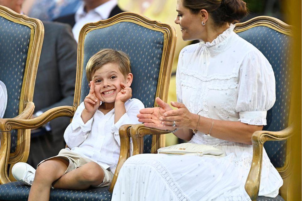 """Prinz Oscar und Prinzessin Victoria beim """"Victoria-Konzert"""" am 14. Juli 2021"""
