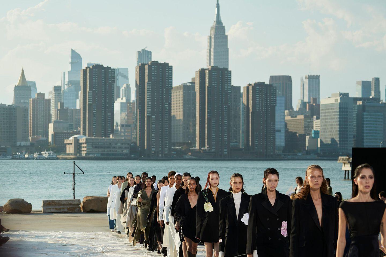 New York Fashion Week: Models auf dem Runway