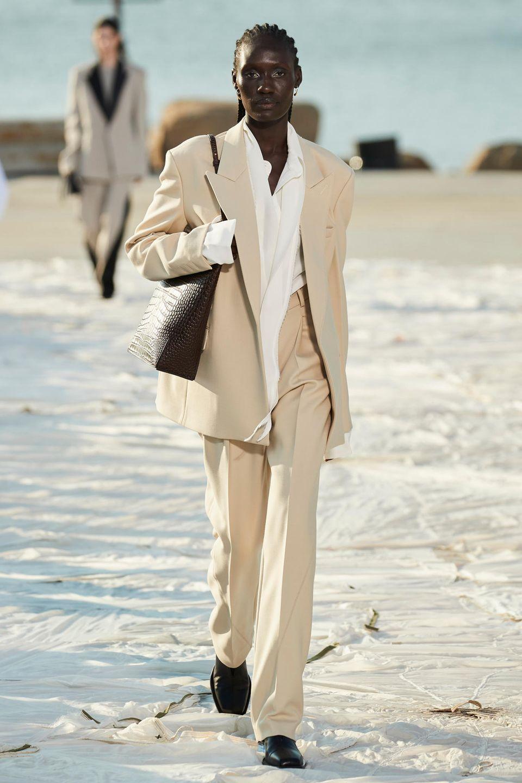 New York Fashion Week: Model läuft für Peter Do