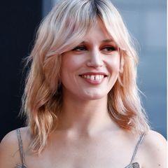 So kennen wir Georgia May Jagger, die Tochter von Mick Jagger und Jerry Hall. Blonde Haare, süßer Pony– doch dieser Look gehört nun erst einmal der Vergangenheit an ...