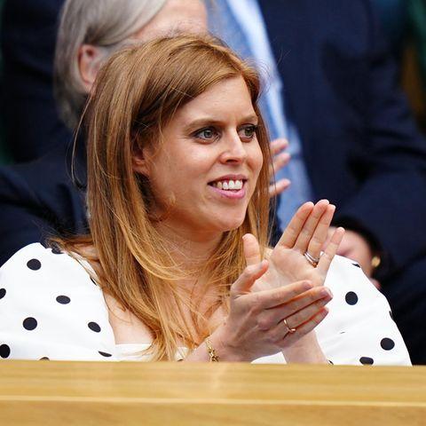 Prinzessin Beatrice auf der Tennis-Tribüne