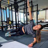 Sportliche Stars: Ana Ivanovic´ macht sich im Fitnessraum stark