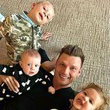 Nick Carter macht ein Selfie von sich und seinen Kindern