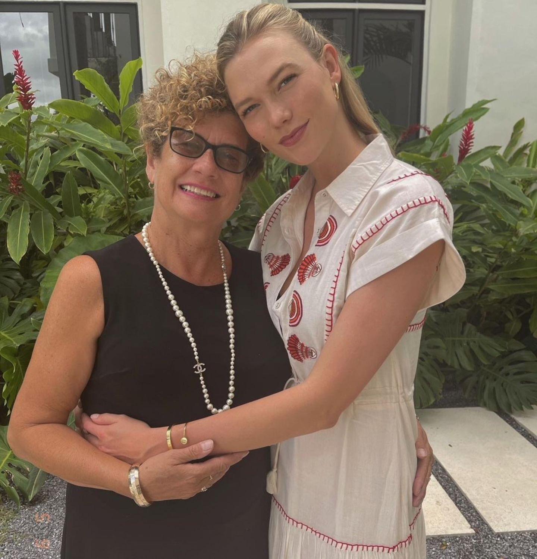 Mama ist die Beste: Karlie Kloss feiert den Geburtstag ihrer Mama