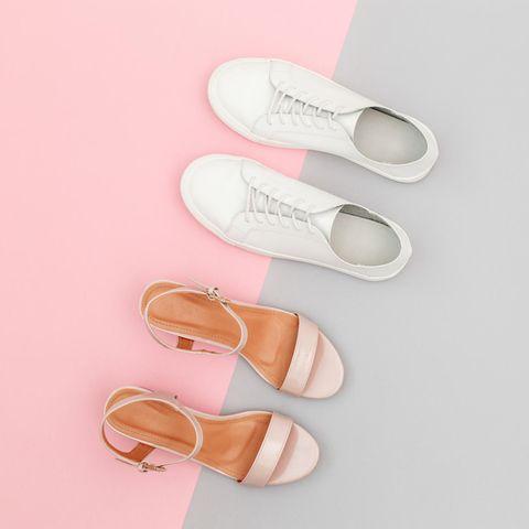 Was Ihre Lieblingsschuhe über Ihren Charakter aussagen: Sneaker und Sandalen.