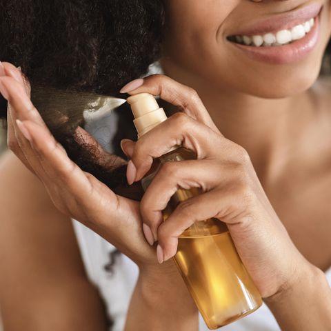Star-Dermatologin verrät: Das 1x1 der Haarpflege