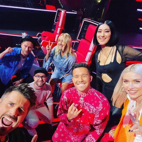 """Thore Schölermann postet ein Gruppen-Selfie bei """"The Voice"""""""