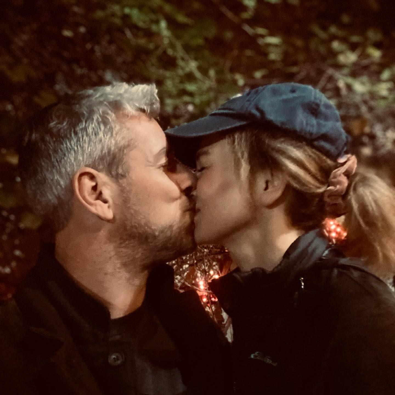 Star-Küsse: Ant Anstead küsst Renée Zellweger