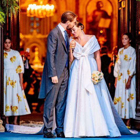 Hochzeit: Das Brautpaar nach der Trauung in Athen